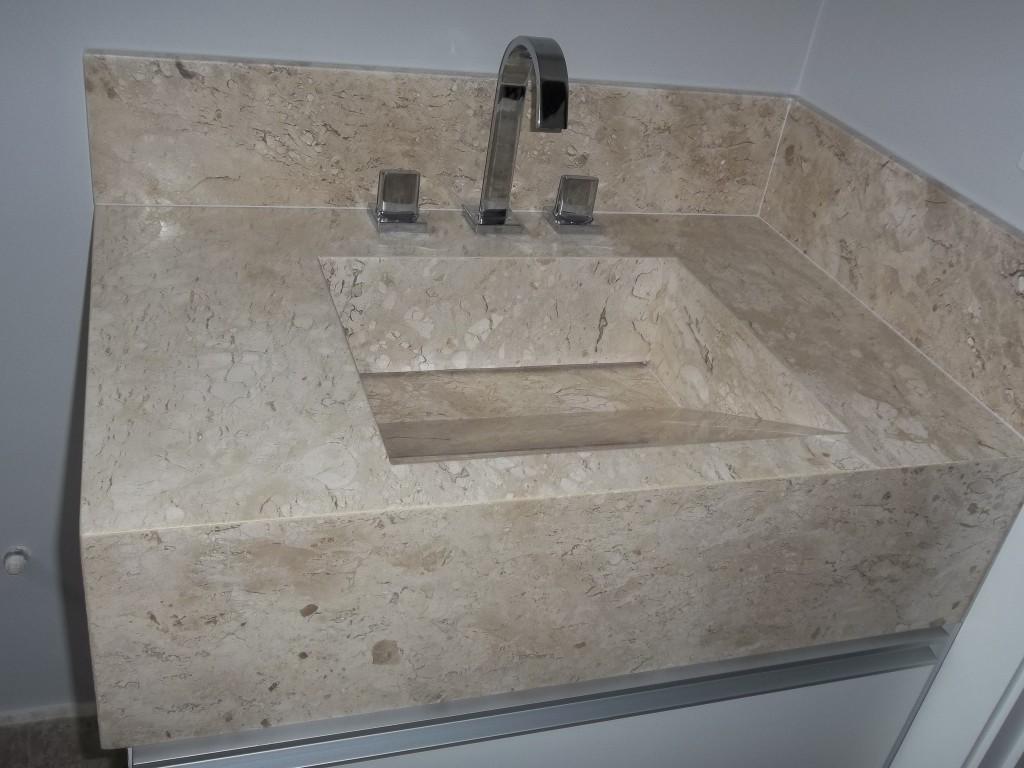 Marmoraria Vitória – Mármores e Granitos -> Banheiro Decorado Com Marmore Travertino
